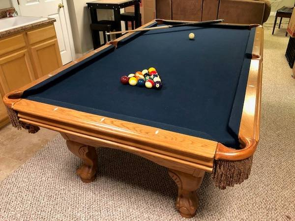 Solo 174 Chesterfield Pool Table 4 5 X 8 123