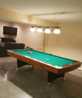 Brunswick Gold Crown 9ft Pool Table